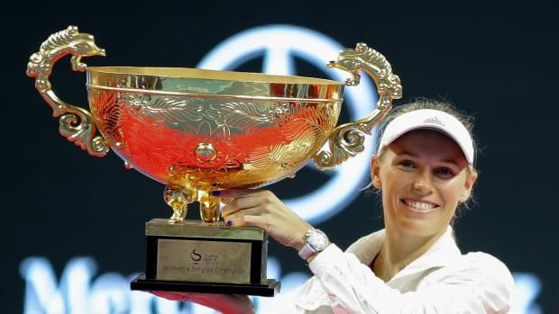 wozniacki-wins-china.jpg
