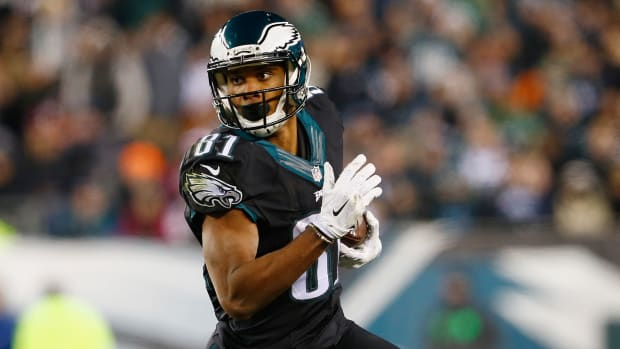 eagles-sign-jordan-matthews.jpg
