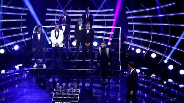 the-best-fifa-football-awards-show-5ba94aca5786be7b9b00000b.jpg