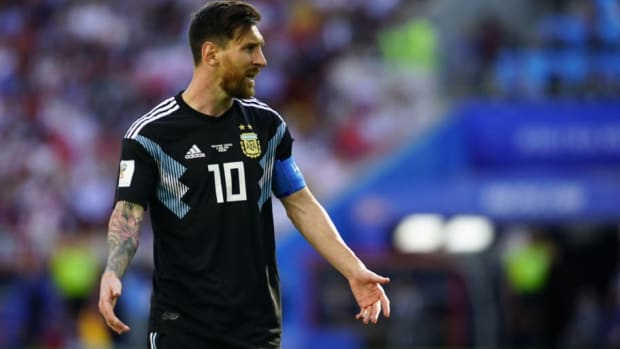 argentina-v-iceland-group-d-2018-fifa-world-cup-russia-5b278891347a02684d000001.jpg