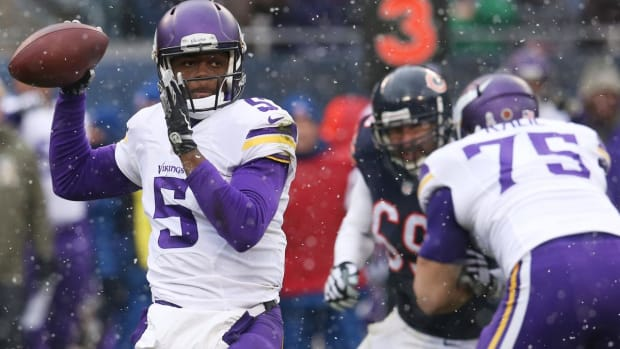 Report: Quarterback Teddy Bridgewater to Sign With Jets - IMAGE