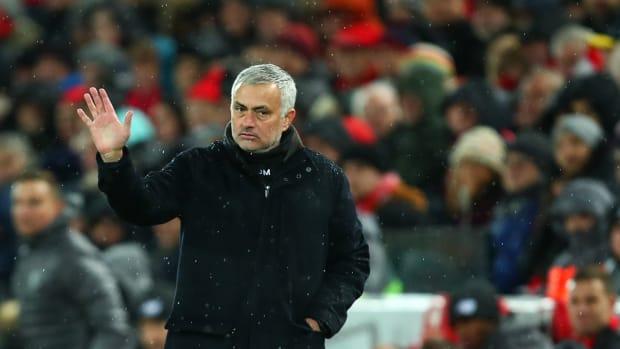jose-mourinho-sacked-man-united.jpg
