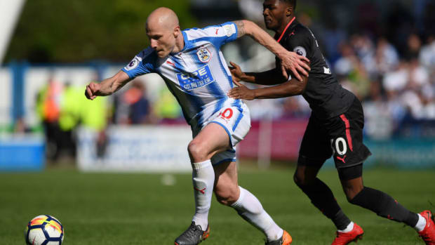 huddersfield-town-v-arsenal-premier-league-5b2b93e173f36c3624000001.jpg