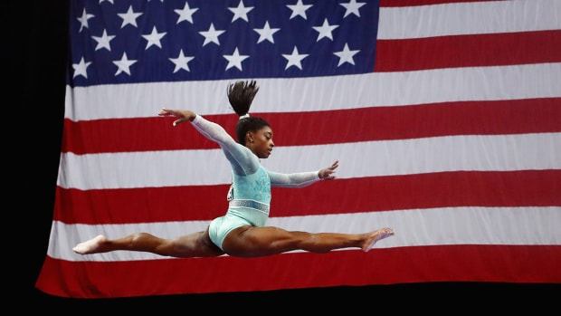 simone-biles-fifth-all-around-title.jpg