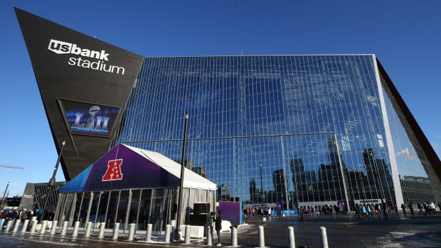 super-bowl-parking-prices-us-bank-stadium-minneapolis.jpg