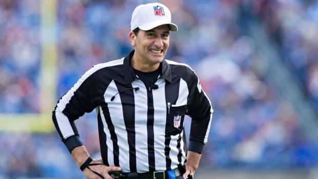 Gene Steratore Named Super Bowl LII Referee - IMAGE