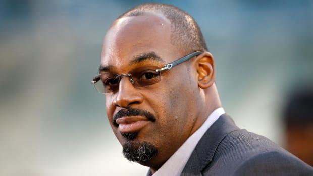 Donovan McNabb Fired By ESPN After Investigation Into Sexual Harassment Claims - IMAGE
