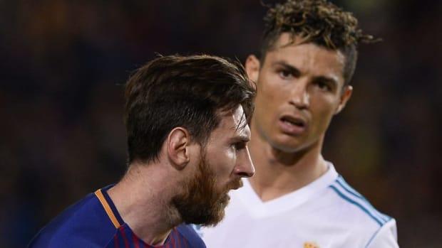 topshot-fbl-esp-liga-barcelona-real-madrid-5af970ae73f36c0fb9000025.jpg
