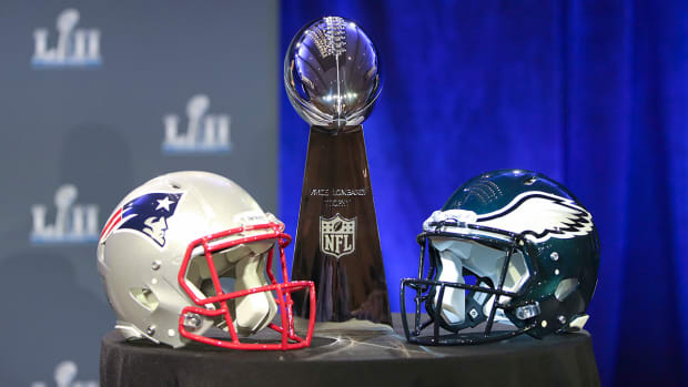 lombardi-trophy-super-bowl-52.jpg