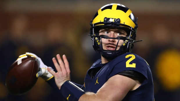 shea-patterson-returning-michigan.jpg