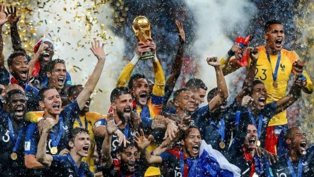 france-v-croatia-2018-fifa-world-cup-russia-final-5b56f31a42fc332c3200003a.jpg