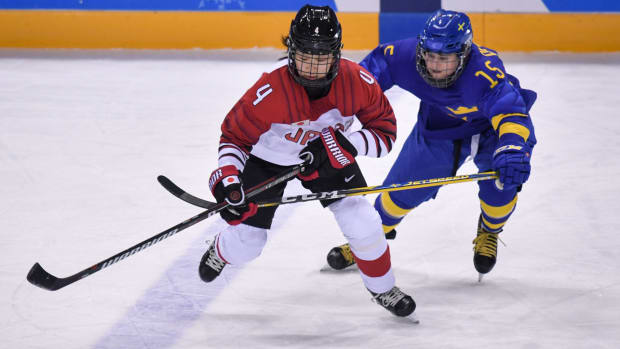 womens-hockey-olympic-expansion-2022.jpg