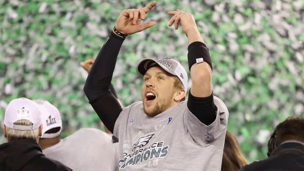 nick-foles-philadelphia-eagles-super-bowl-52.jpg