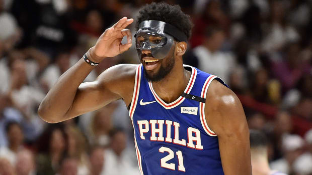 joel-embiid-mask-playoffs.jpg