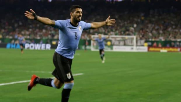 mexico-v-uruguay-international-friendly-5b94a1d8ecc23a225f000001.jpg