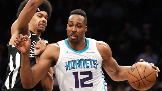 Hornets' Dwight Howard Records 30/30 Night Against Nets--IMAGE