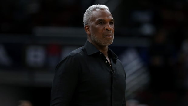 Charles Oakley Arrested at Las Vegas Casino for Cheating - IMAGE