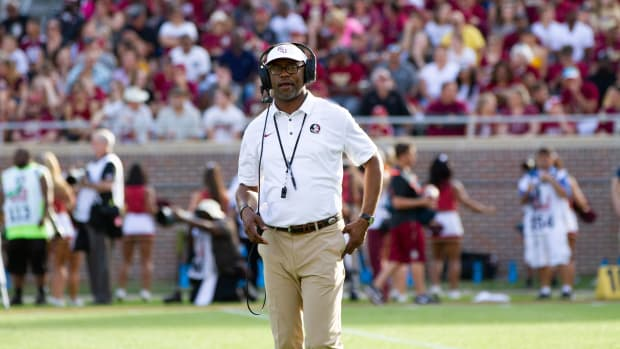willie-taggart-accuses-virginia-tech-of-faking-injuries.jpg