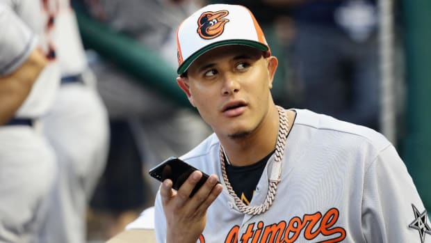 Orioles Trade Manny Machado to Dodgers For Five Prospects--IMAGE