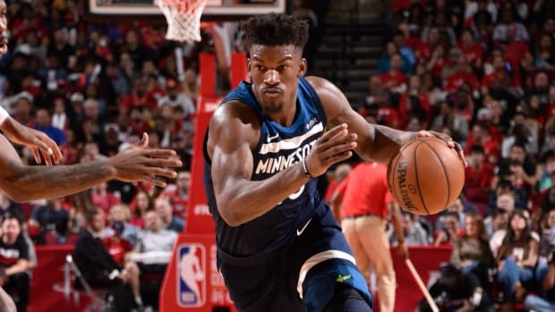 Timberwolves All-Star Jimmy Butler Suffers Non-Contact Knee Injury vs. Houston--IMAGE