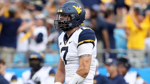 will-grier-west-virginia-beats-tennessee.jpg