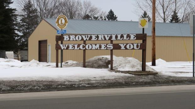 Brady_BrowervilleTownSign.JPG