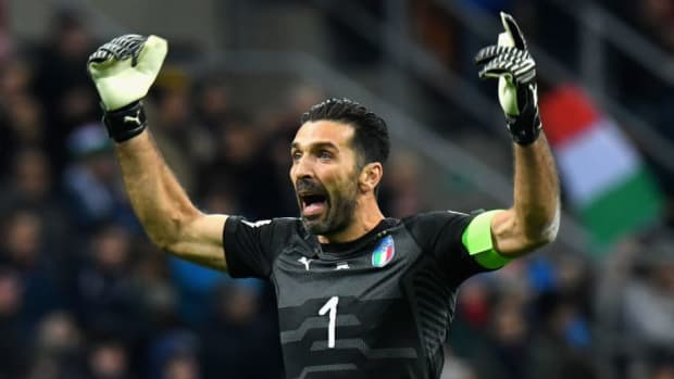 italy-v-sweden-fifa-2018-world-cup-qualifier-play-off-second-leg-5b290e05f7b09d0aed00000e.jpg