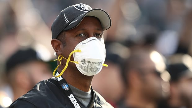raiders-masks-air-quality-chargers-wildfires.jpg