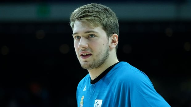 Report: Luka Doncic Submits Paperwork, Will Enter the 2018 NBA Draft--IMAGE