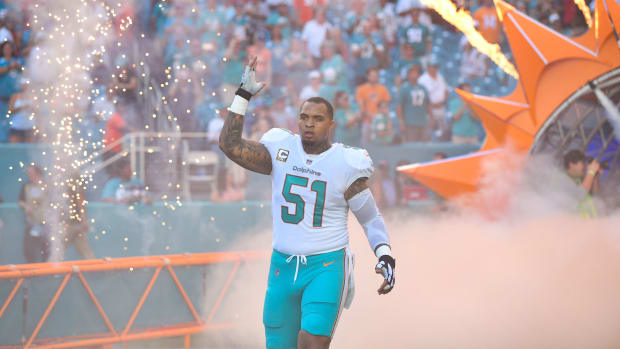 mike-pouncey-chargers.jpg