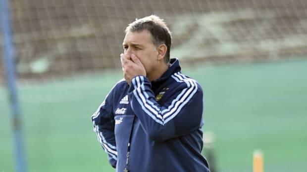 argentina-training-session-5b992887eb1724184e000003.jpg