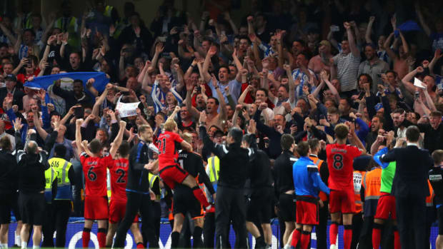 chelsea-v-huddersfield-town-premier-league-5af485627134f65e6300000c.jpg