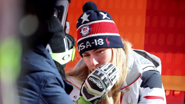 Mikaela Shiffrin Withdraws From Downhill - IMAGE
