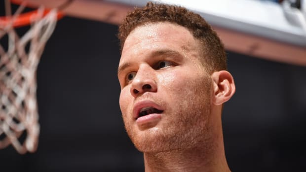 blake-griffin-finds-out-about-trade.jpg