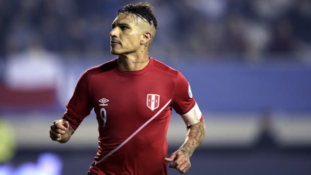 paolo-guerrero-peru-roster.jpg