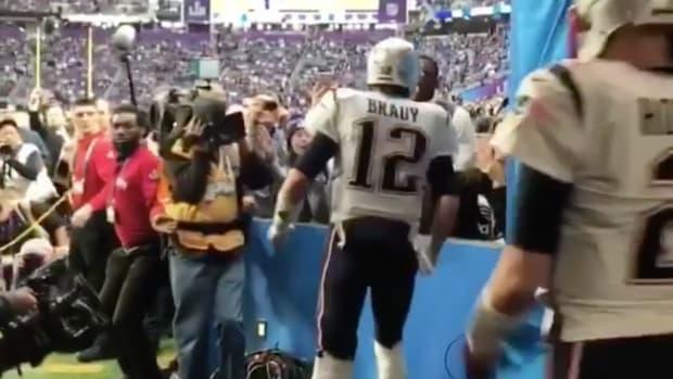 patriots-super-bowl-randy-moss-tom-brady-video.png