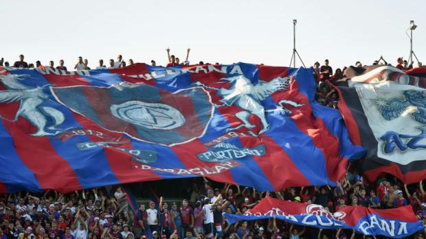 fbl-paraguay-olimpia-cerroporteno-5b44b85ef7b09de19d000028.jpg