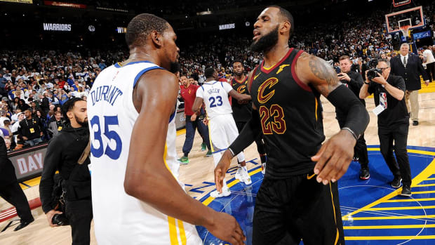 Report: LeBron James 'Would Listen' to Warriors in Free Agency--IMAGE