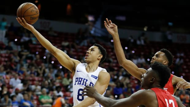 zhaire-smith-foot-fracture.jpg