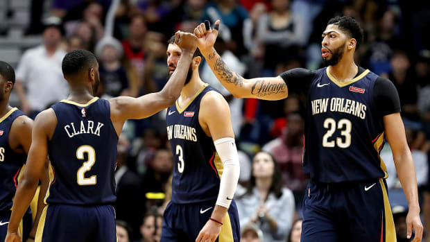 anthony-davis-nba-dfs-picks-february-26.jpg