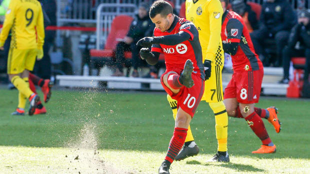 giovinco_is_not_happy_about_losing_to_the_crew.jpg