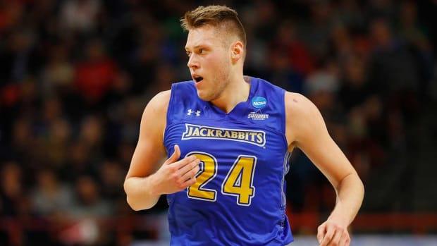 sdsu-basketball-blowout-win.jpg