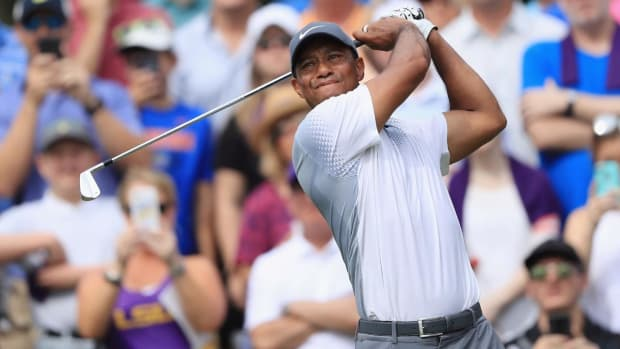Tiger Woods Climbs Back Into Contention at The Players Championship, Shoots 65 in Third Round - IMAGE