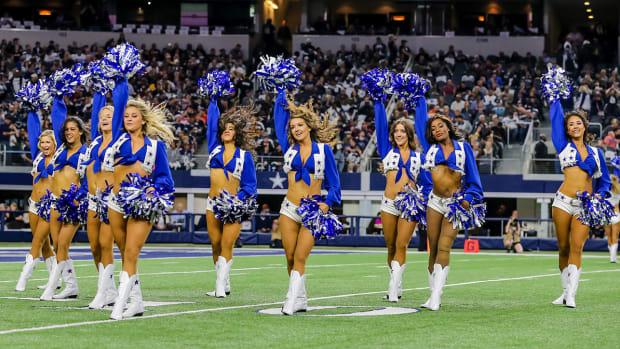 dallas-cowboys-cheerleader-lawsuit.jpg