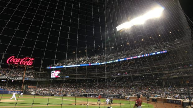 All 30 MLB Ballparks to Have Expanded Netting by Opening Day--IMAGE