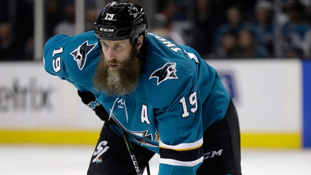 joe-thornton-sharks-nhl-beard-pulling-rule.jpg