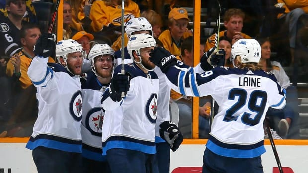 Jets Crush Predators in Game 7, Move on to Western Conference Finals - IMAGE