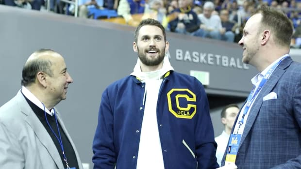 kevin_love_ucla_marquee_.jpg
