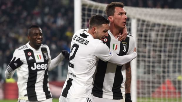 juventus-v-as-roma-serie-a-5c20d85a4f42658bed000001.jpg