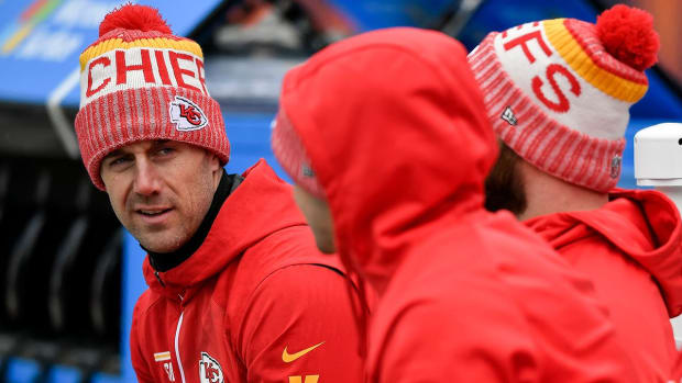 Report: Chiefs to Trade QB Alex Smith to Redskins, Smith Gets Four-Year Deal - IMAGE
